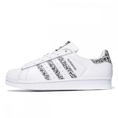 scaroe adidas superstar